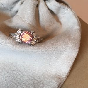 Jewelry - gorgeous pink cubic zirconia cocktail ring